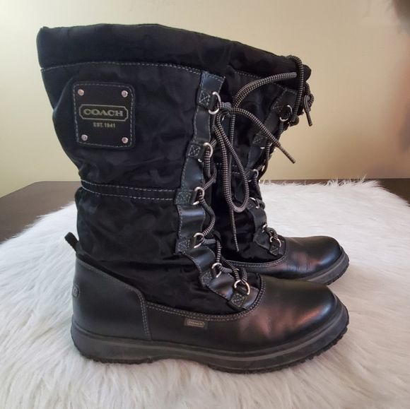 **Coach Shaine Sz 8 All Weather Lace Up Boots